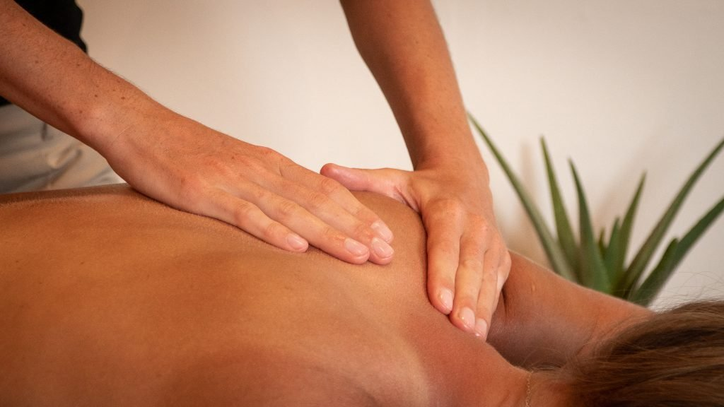 Shoulder massage, relaxing swedish style massage