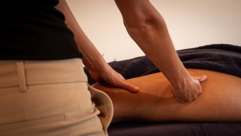 Deep tissue leg massage